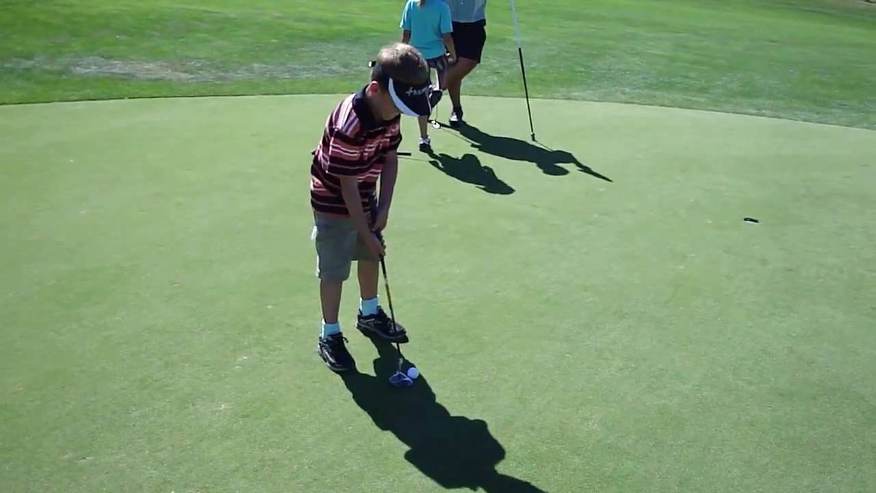 Child Learn to Golf