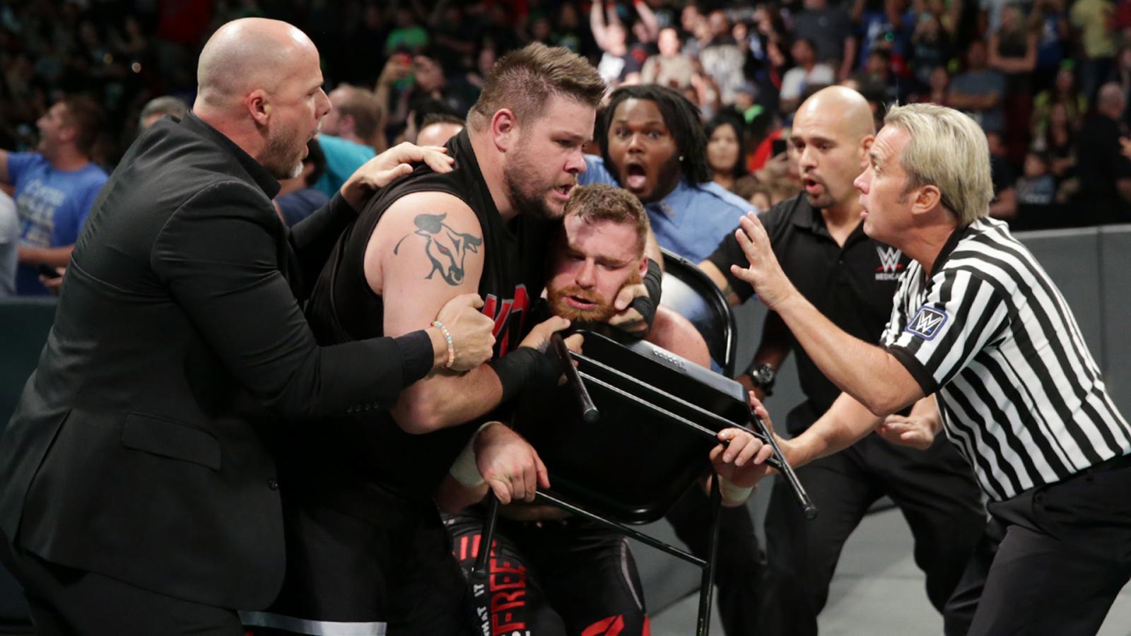 SmackDown Live Moments Glendale