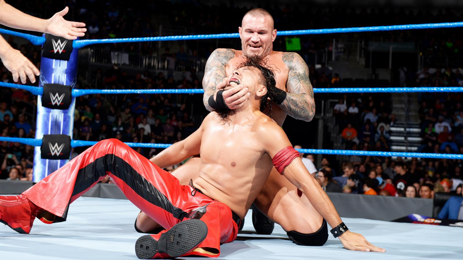 SmackDown Live Moments from Sioux Falls