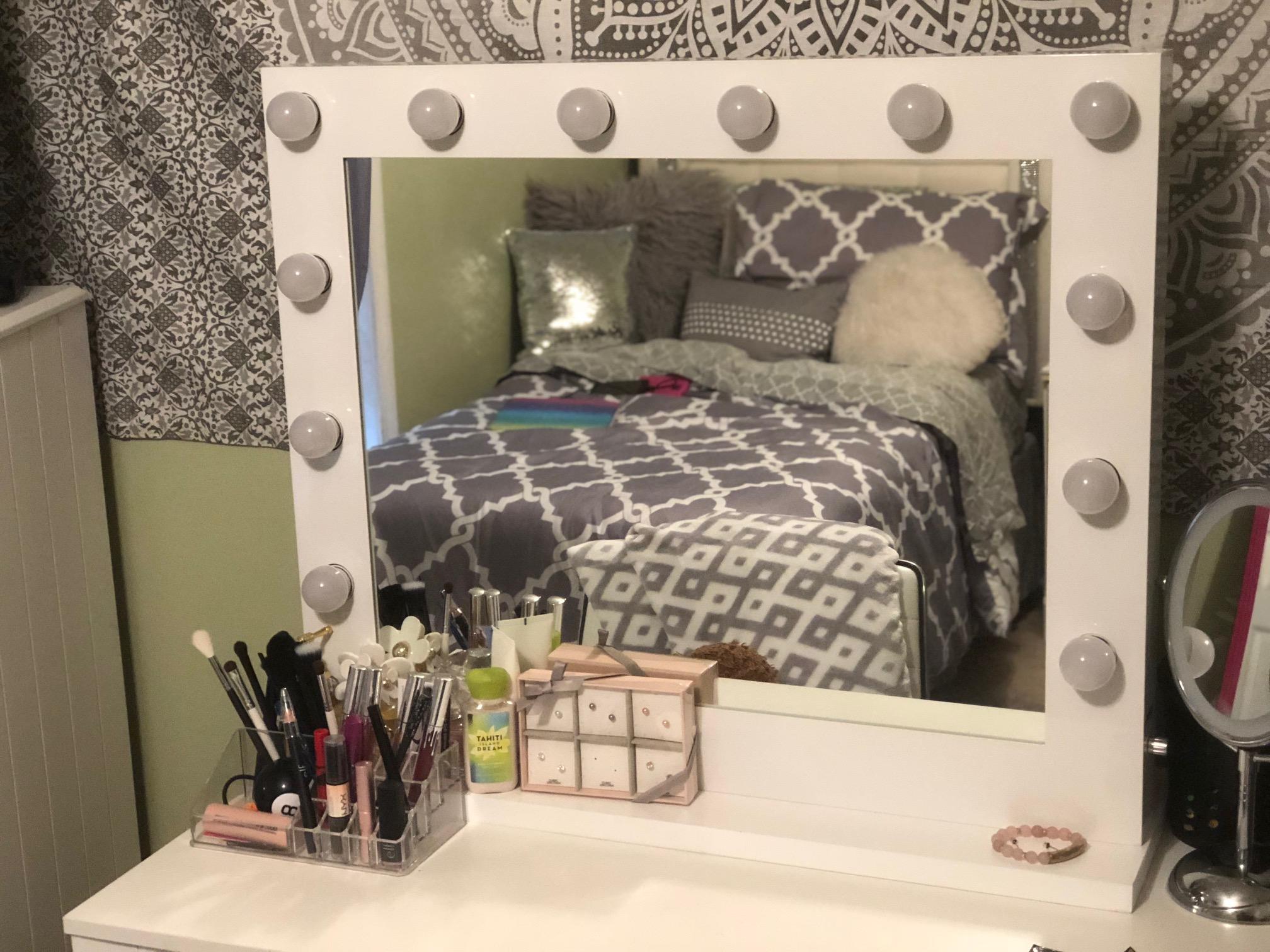 5 Ways to Upgrade My Teenage Daughters Room