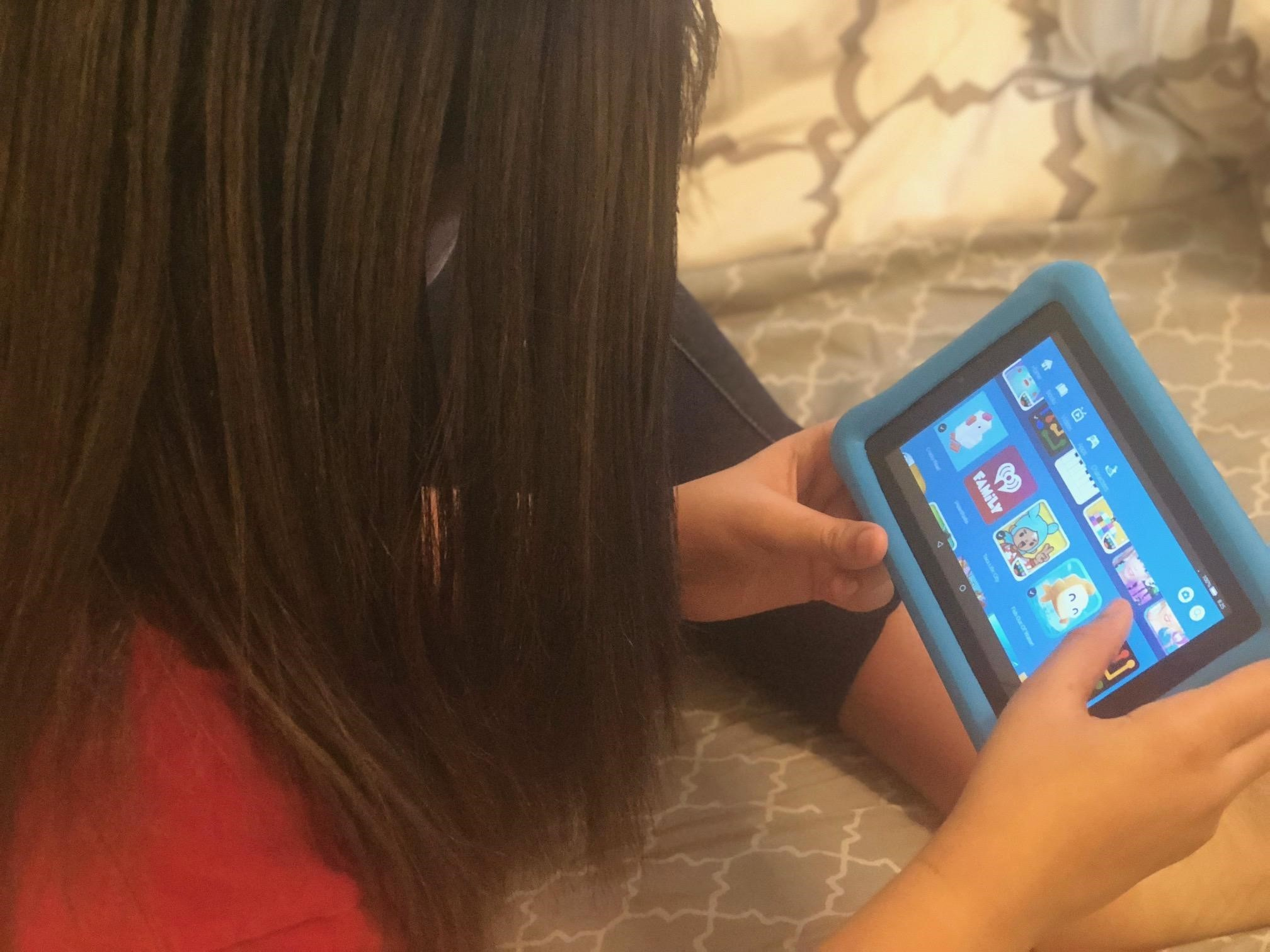 4 Reasons Why My Daughter Loves the Amazon Fire 7 Kids Edition