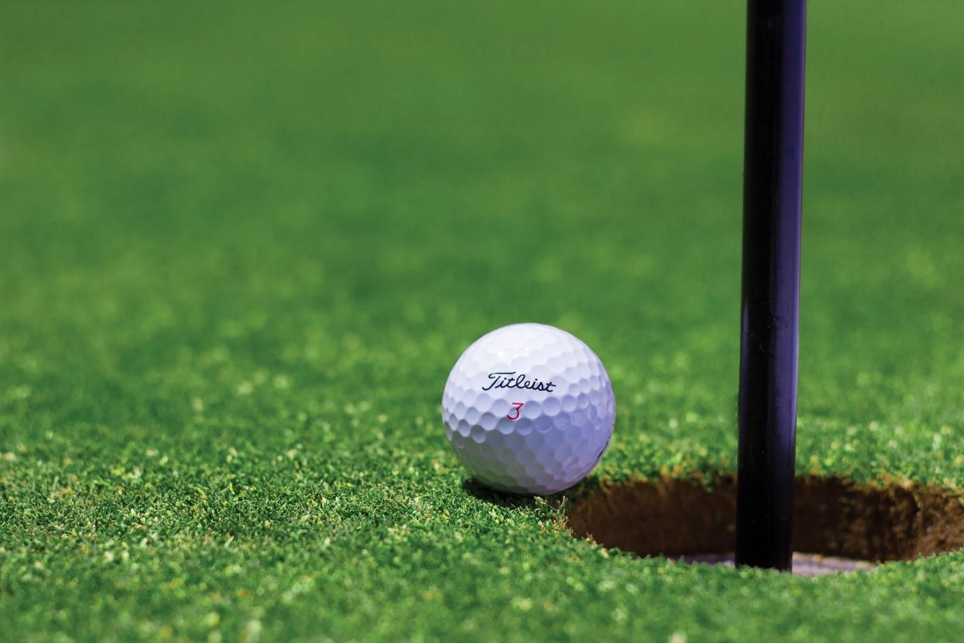 The Top Ten Golf Swing Tips For Beginners
