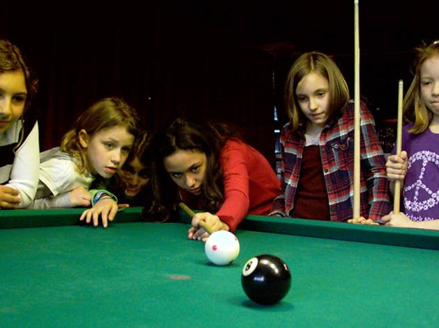 4 Amazing Reasons to Teach Your Kids to Play Pool