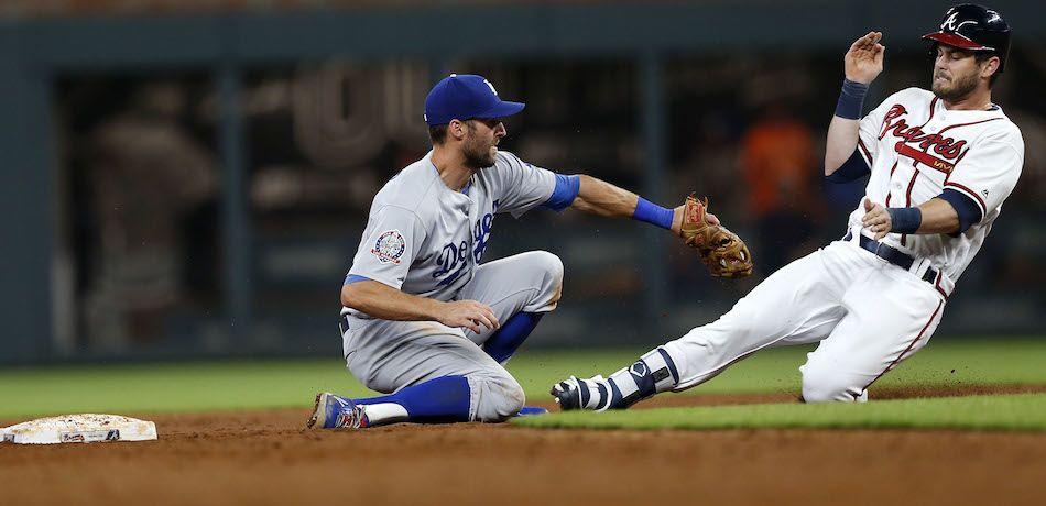 Veteran Dodgers Blank Braves in Game 1