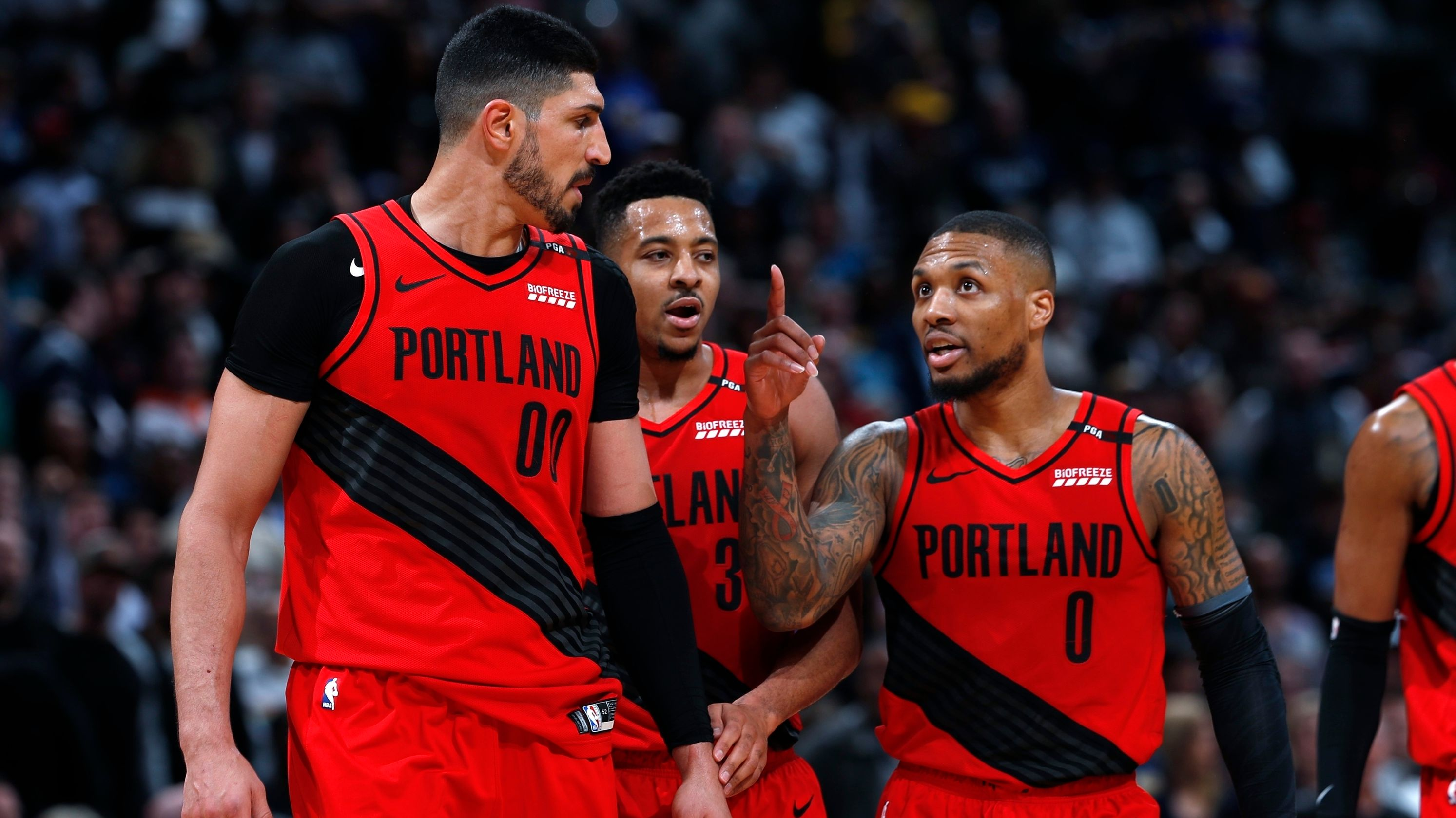 McCollum Leads Blazers to Game 7 Win on Road