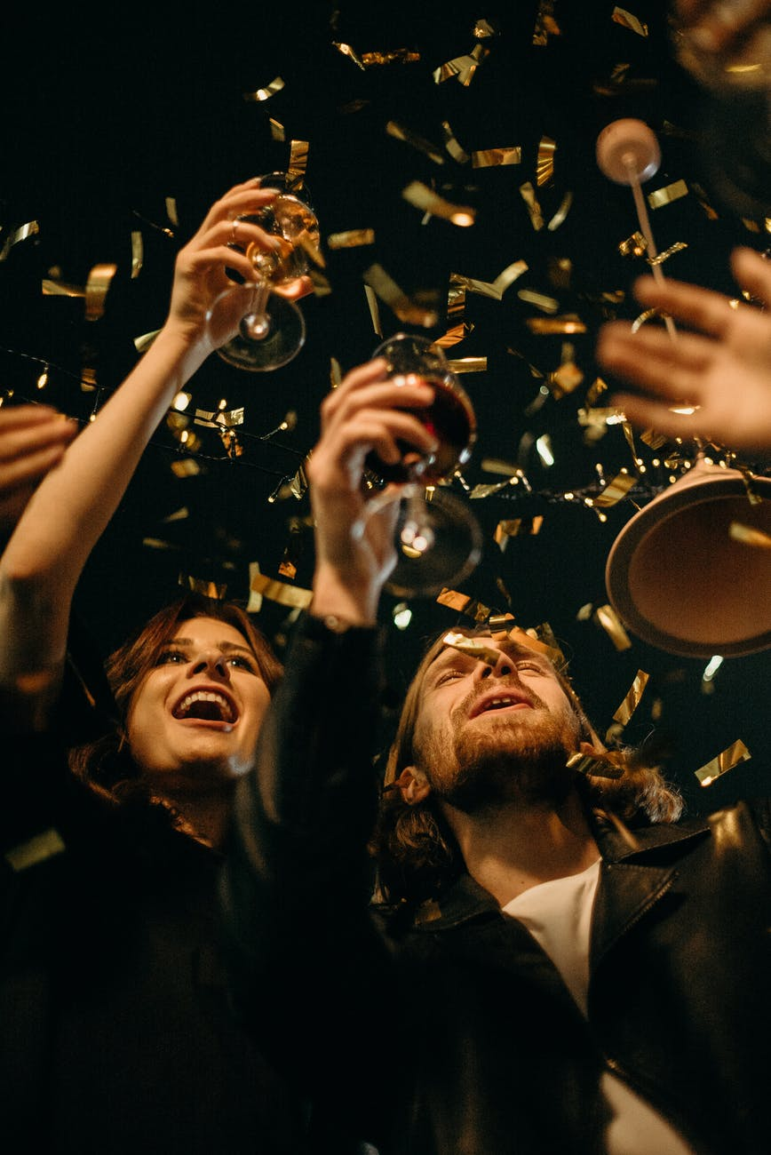 5 Tips to Throwing a Company Holiday Party