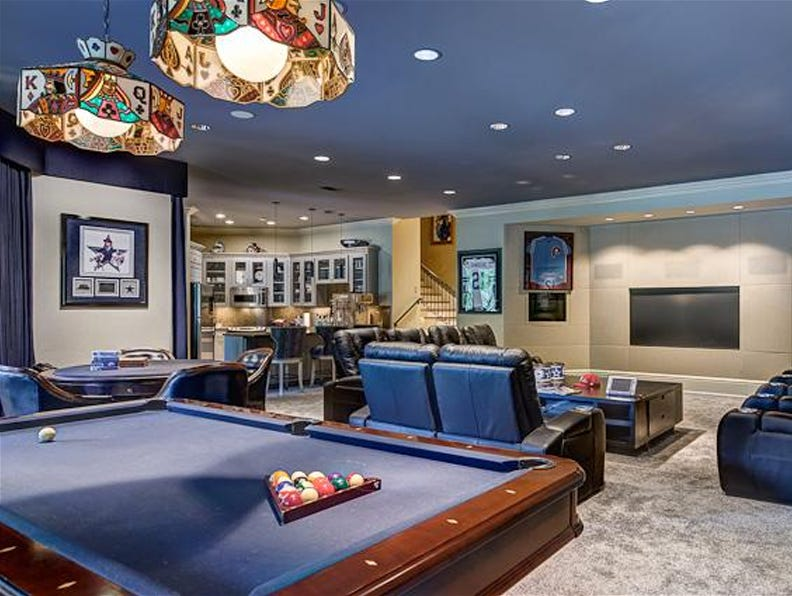 How to Create the World's Greatest Man Cave