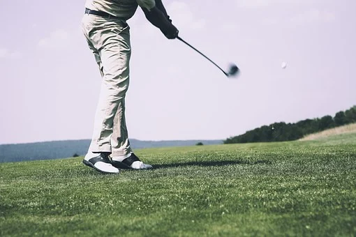 A Beginner's Guide To Golf Clothing
