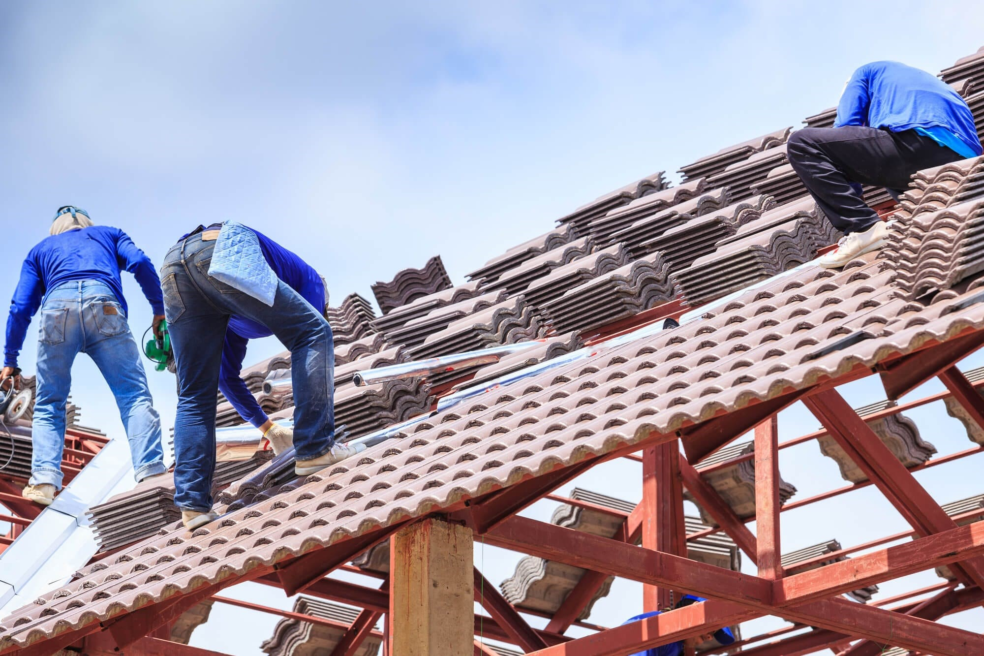 4 Helpful Tips on Choosing Roofing Company