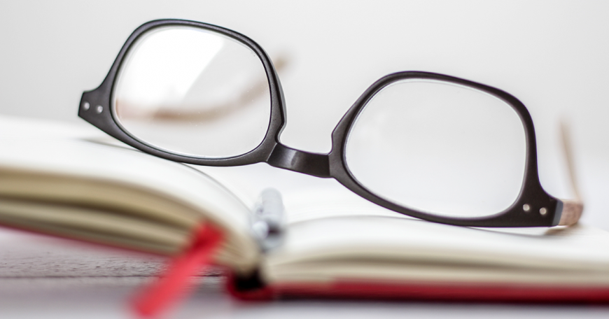 2 Things to Know Before Buying Reading Glasses