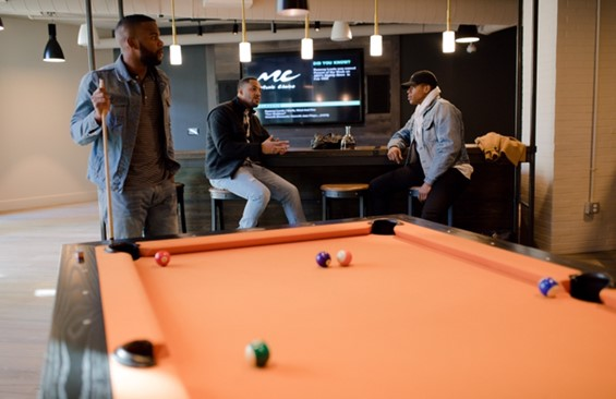 2 Tips When Adding A Touch Of Luxury To Your Man Cave