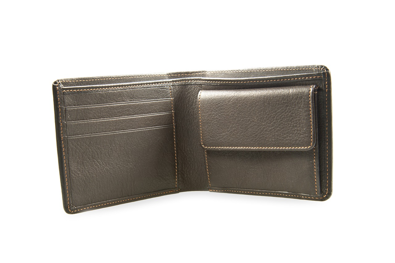 5 Great Benefits of a Leather Wallet for Men