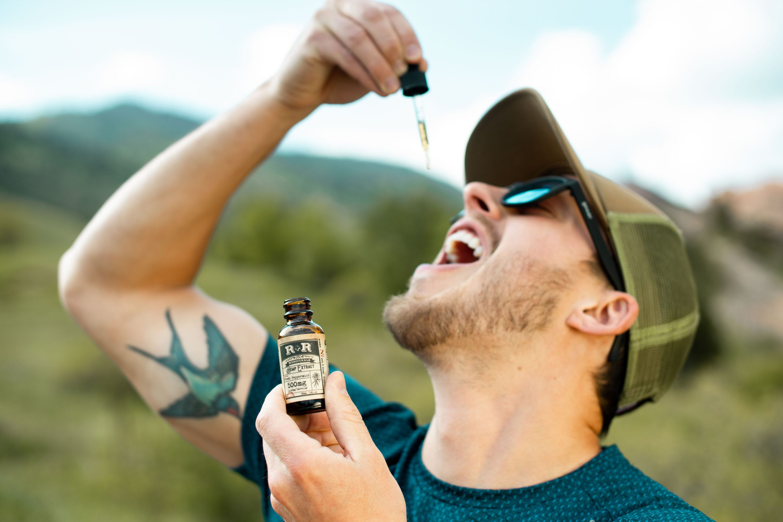 CBD Oil for Men- Why You Must Have It in Your Grooming Kit