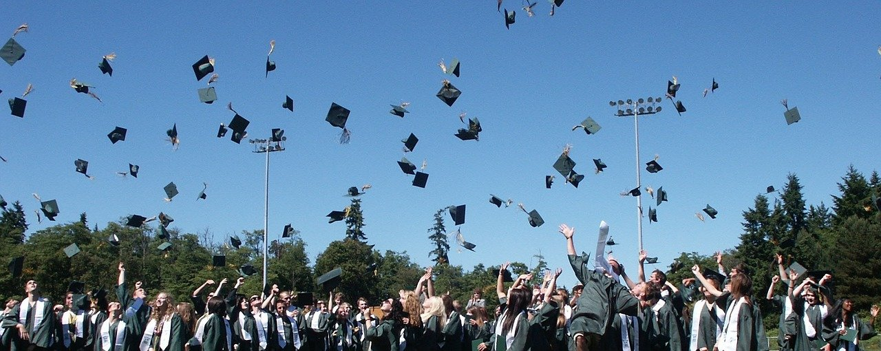 7 Things You Should Know After High School Graduation