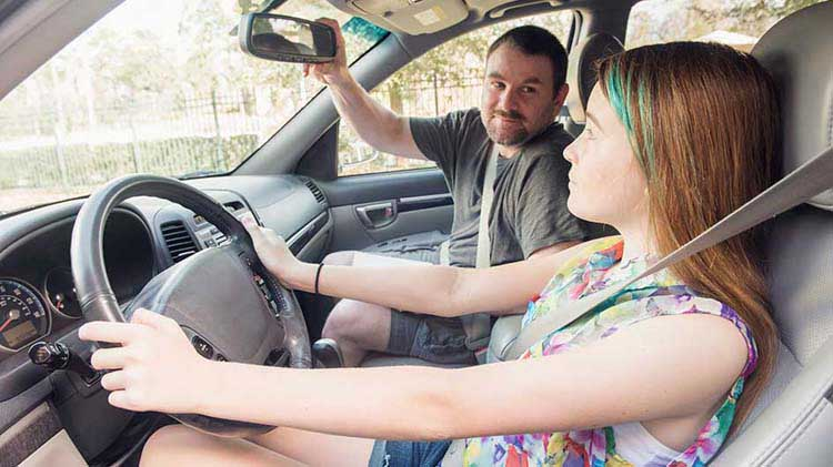 5 Ways to Help Keep Your Teen Driver Safe