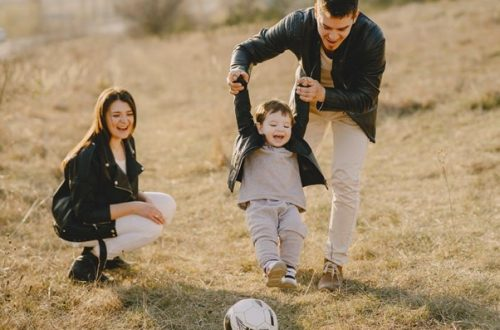 4 Brilliant Ways to Build a Bond with Your Kid Through Sports