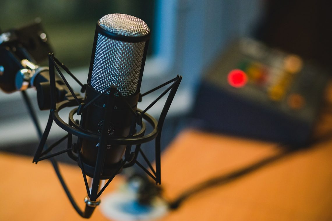 Podcasting on SoundCloud Is the Easiest Setup