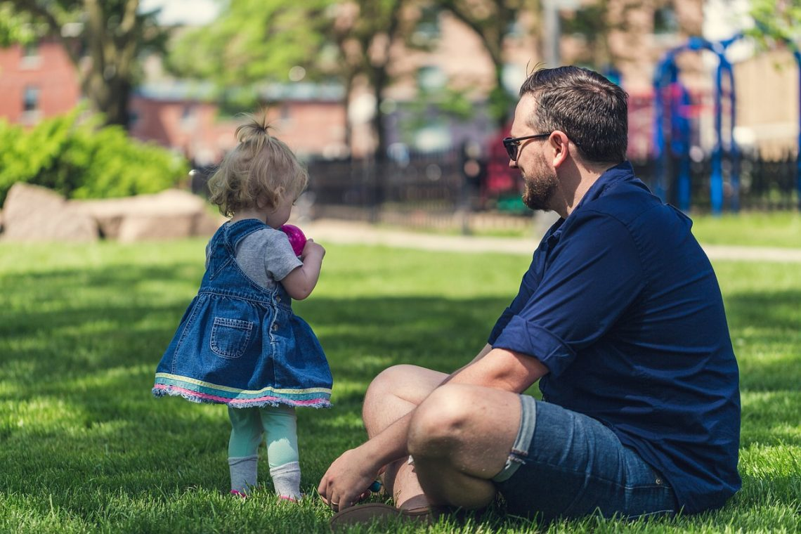 What Your Kids Need to Know About the Responsibilities of a Dad