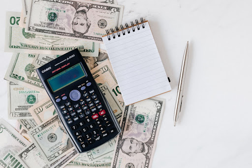8 Amazing Budgeting Tips to Know to Get on Track