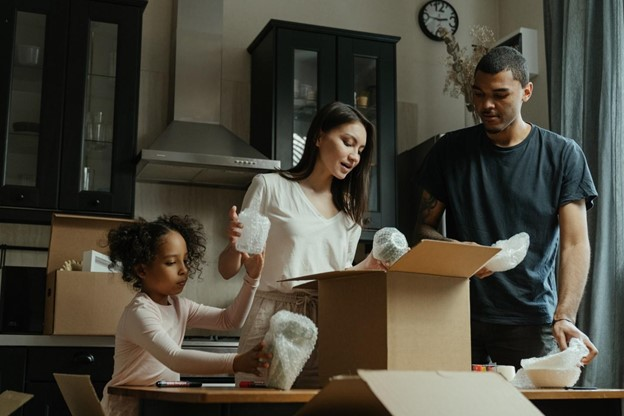 6 Essential Considerations When Moving Your Family